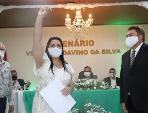 Dr.ª Cátia toma posse como Prefeita de Jataúba-PE